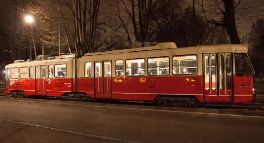 Tram ristorante ATMosfera: eleganza, gusto e tradizione ...