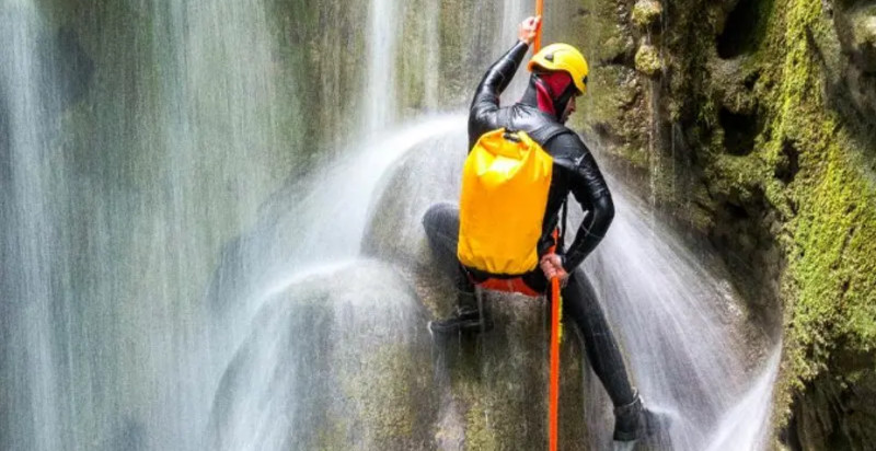 val-di-sole-trentino-canyoning